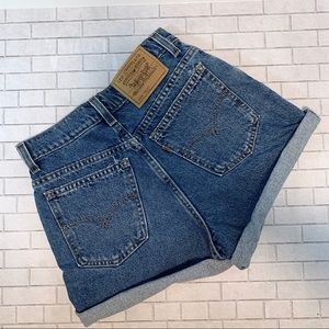 VINTAGE LEVIS High Rise Denim Shorts
